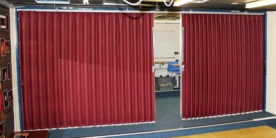 Fabric Concertina Partition